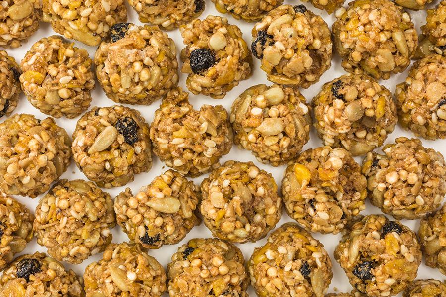 Balls of granola, blueberry, nut snack bites